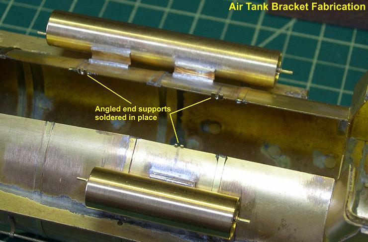 atsf santa fe 5001 2-10-4 tank brackets 2